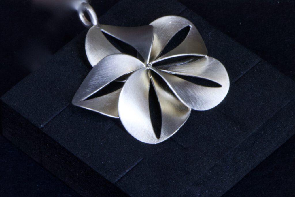 Silberanhänger von Tezer