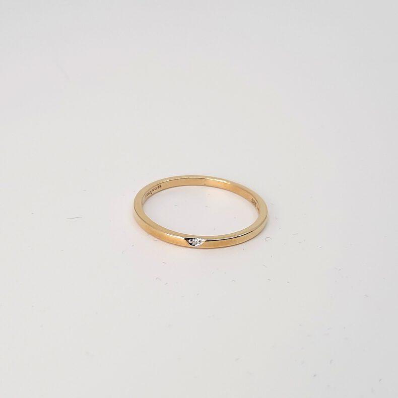 Goldring Triangel Diamant
